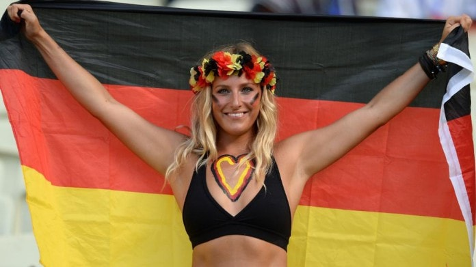 supportrice allemande a l euro 2016